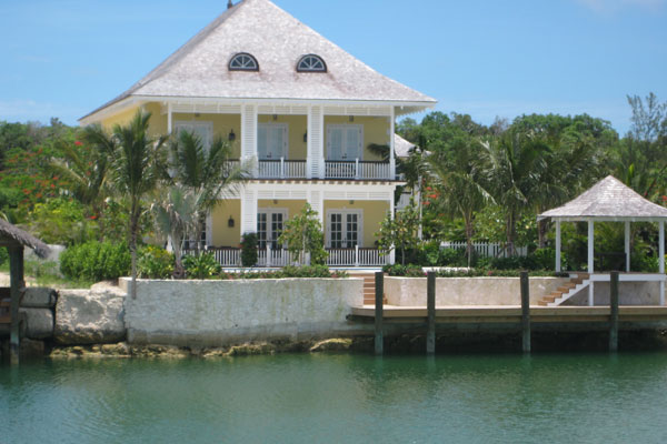 hewitt-new-house-in-bahamas